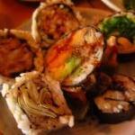 miyas-medley-of-vegan-sushi-640x480