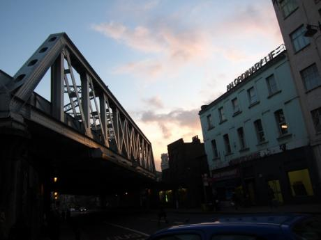 east-end-shoreditch-bridge-kingsland-rd-2-640x480